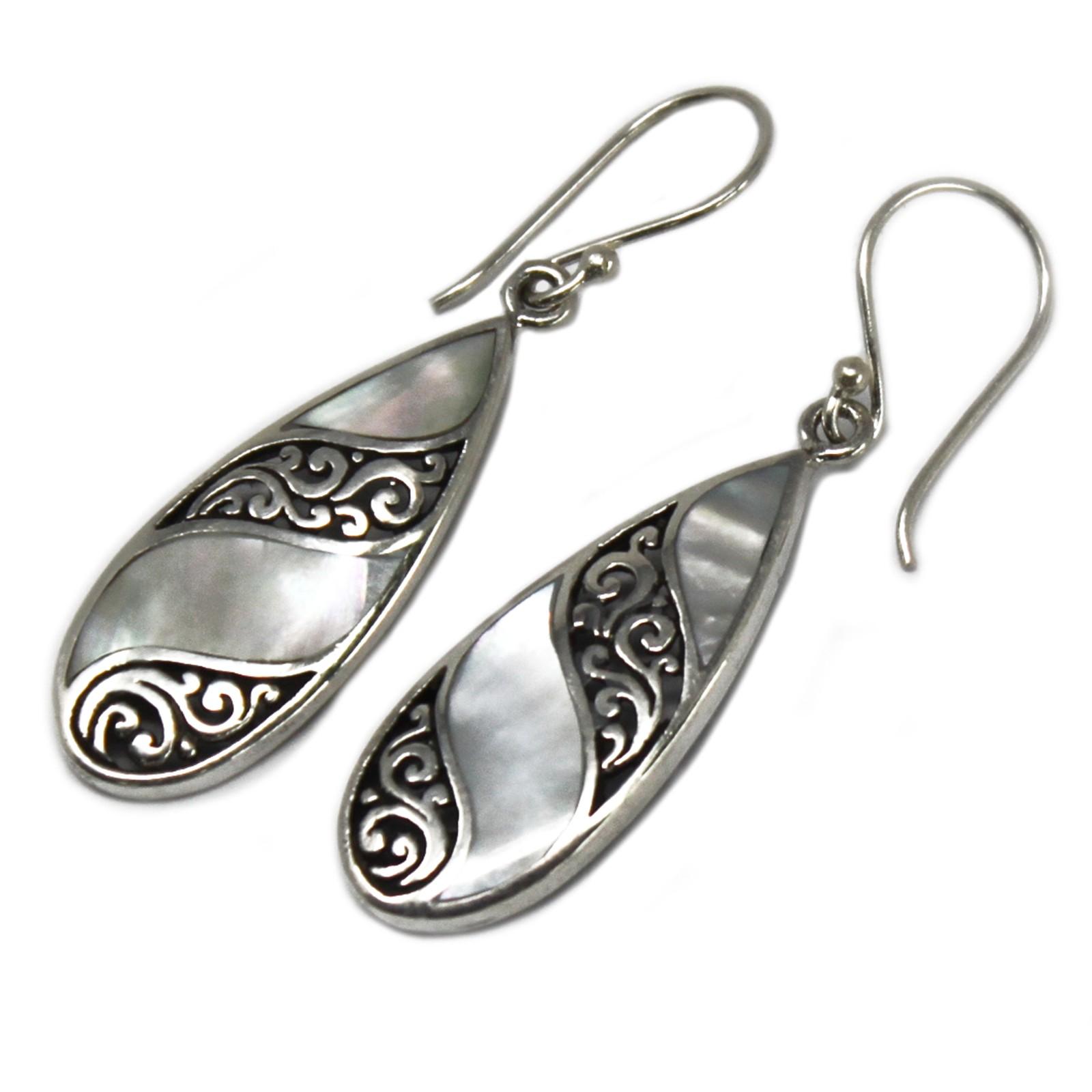 Shell   Silver Earrings TeardropMOP