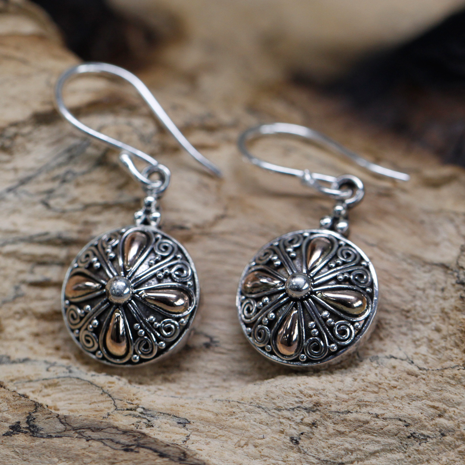 Silver   Gold Earring Classic Round