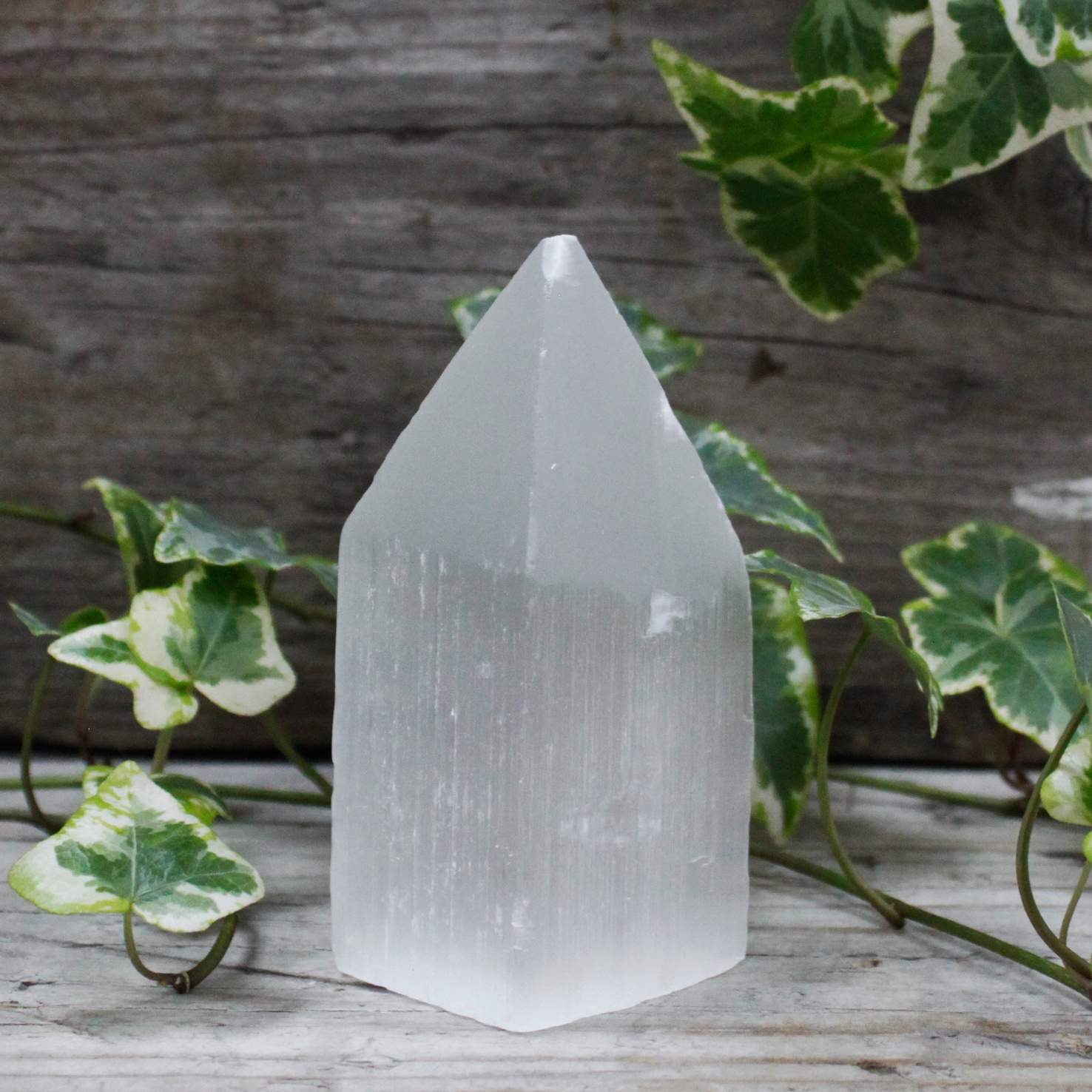 Selenite Pencil Point Tower 10 cm