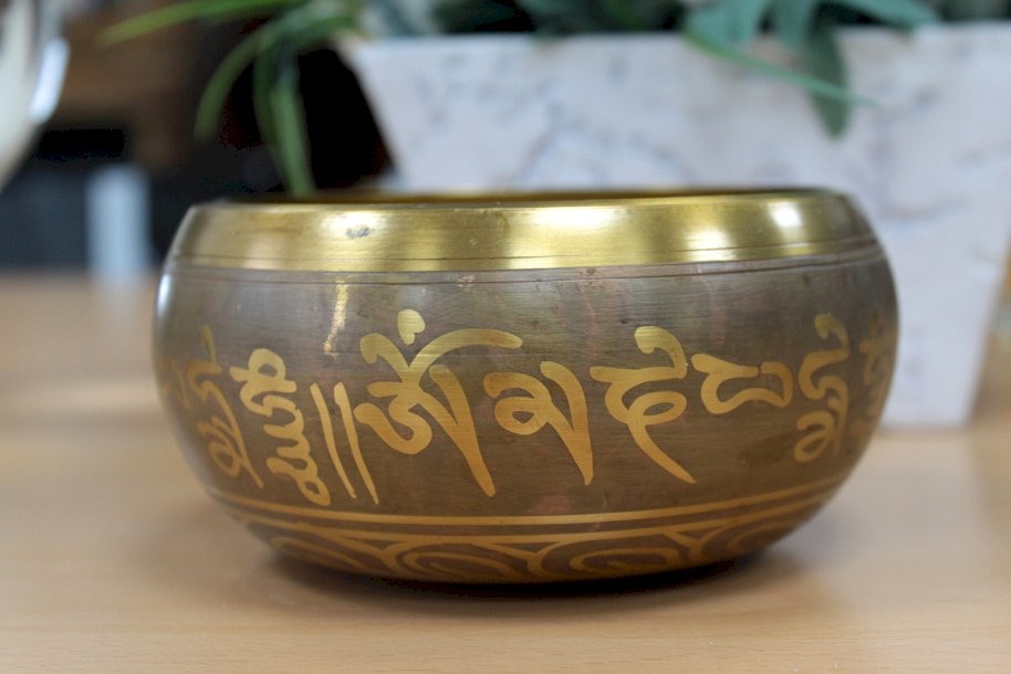 singing bowls & artefacts Ancient Wisdom dropshipping