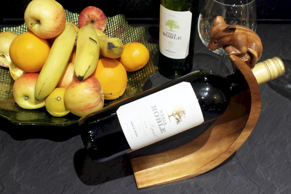 Suar Wood Balance Wine Holders - Ancient Wisdom Dropshipping
