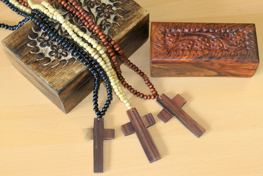 Classic Beaded Wooden Crosses - Ancient Wisdom Dropshipping