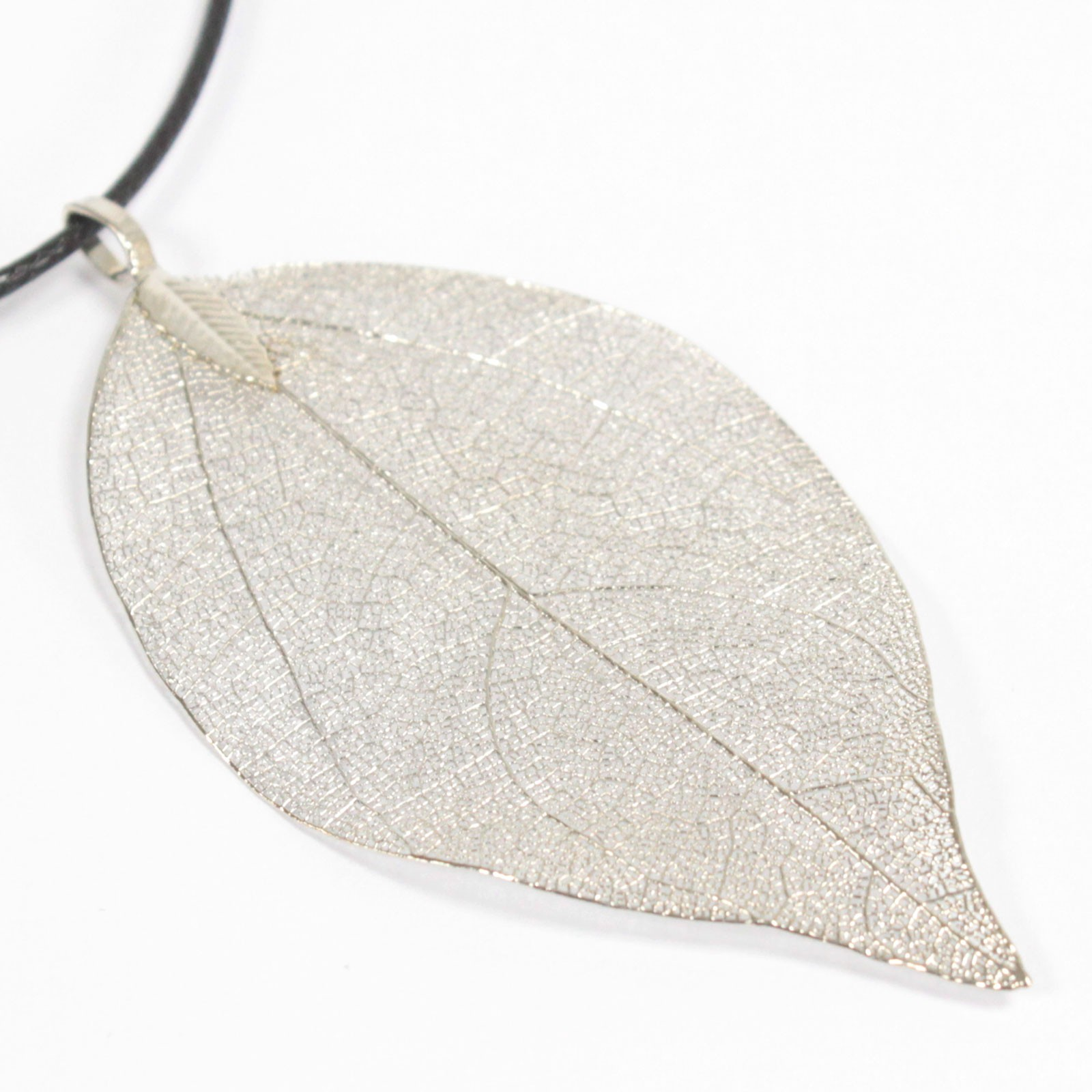 Necklace Bravery Leaf Silver